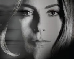 kathryn bigelow: the deconstruction of violence.